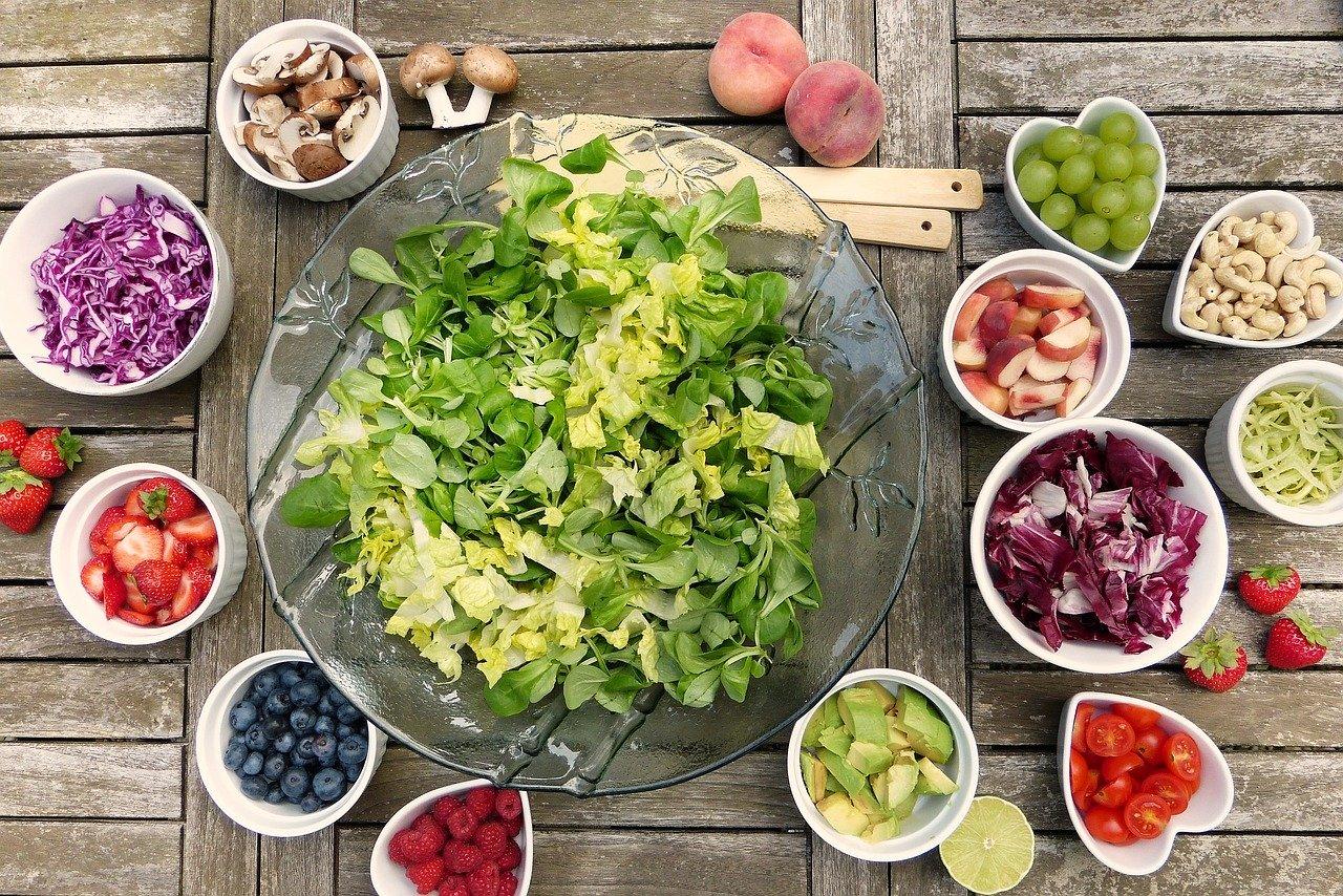 fruits salade table