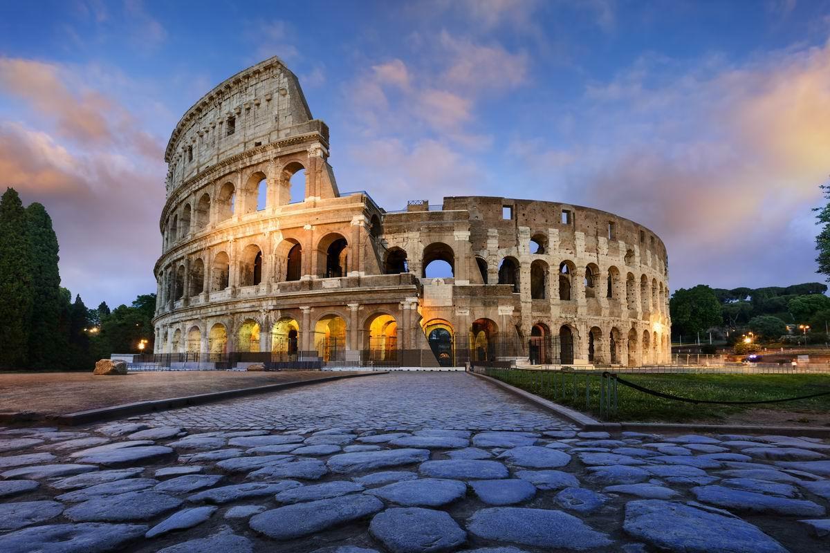 Conduire à Rome, Italie