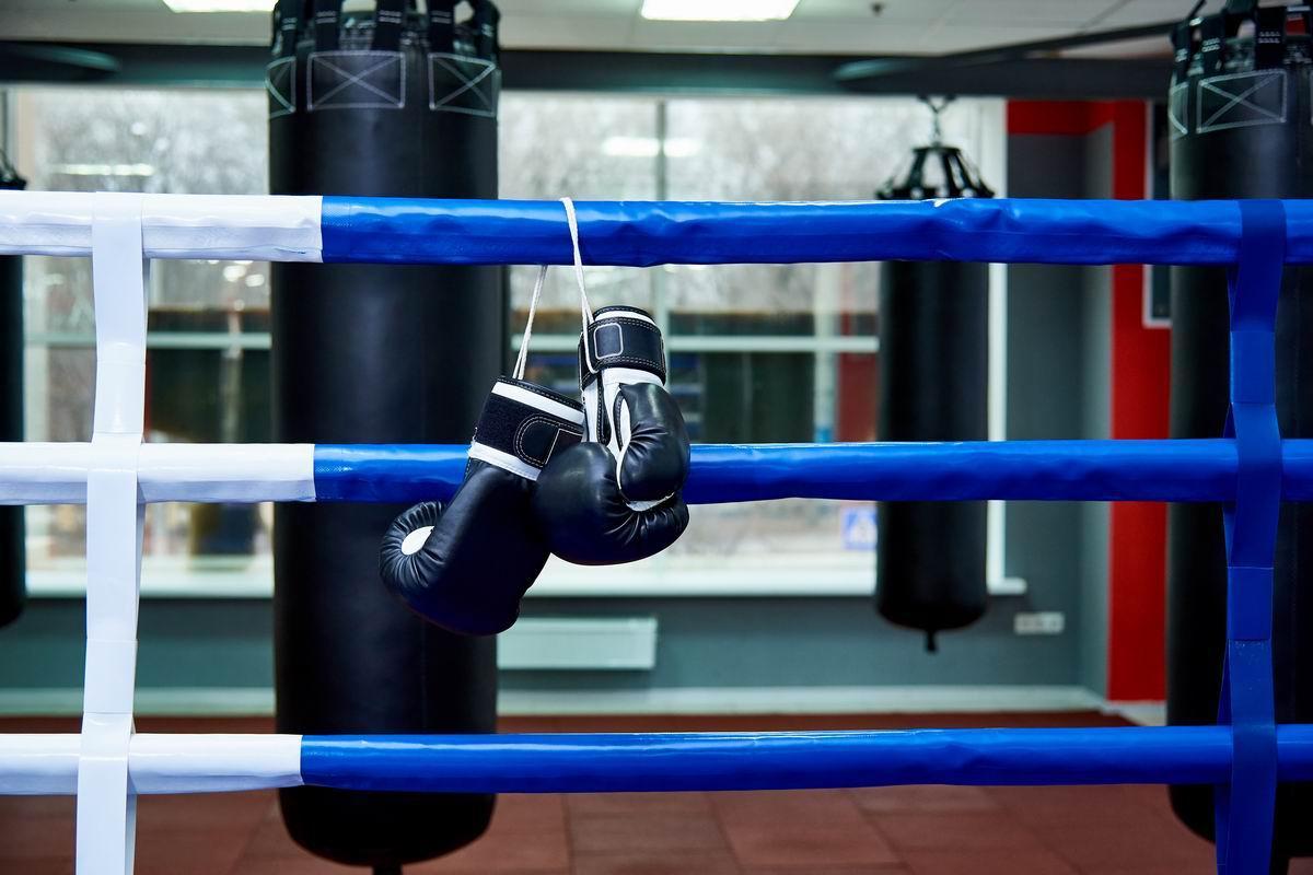 Quel est le rôle du ring dans le sport de la boxe?